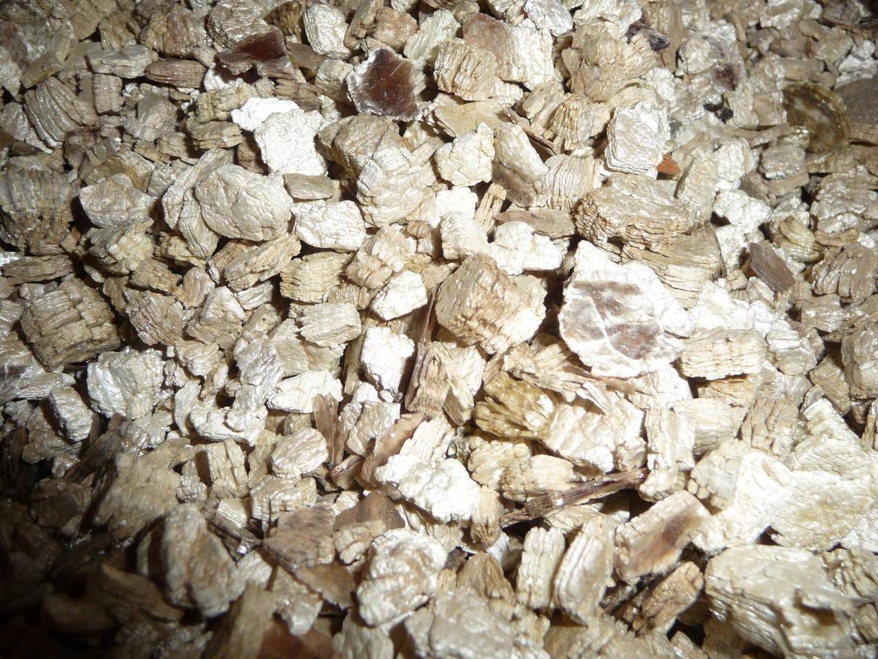 Вермикулит для растений: свойства, виды и состав, применение