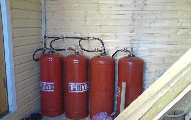 Варианты отопления частного дома газовым баллоном