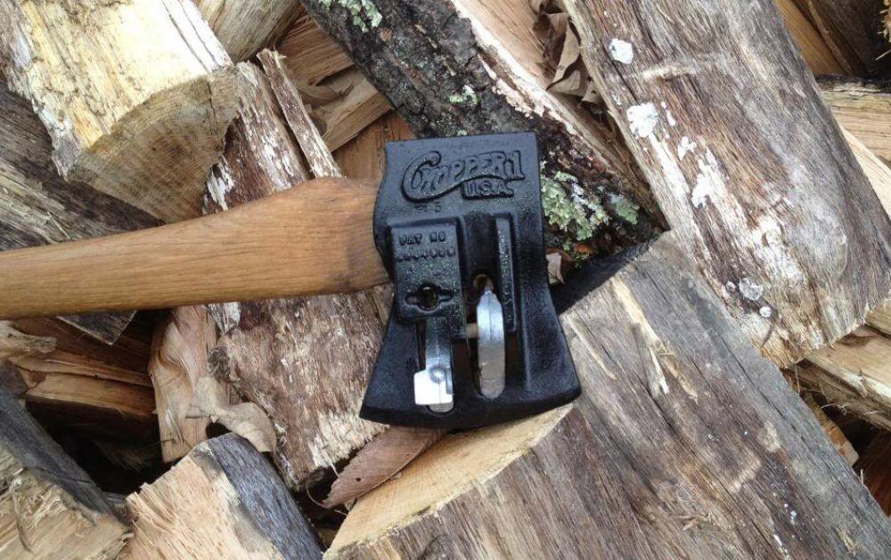 Колун (36 фото): какая модель для колки дров лучше по рейтингу? чем он отличается от топора? как выбрать? особенности колунов matrix