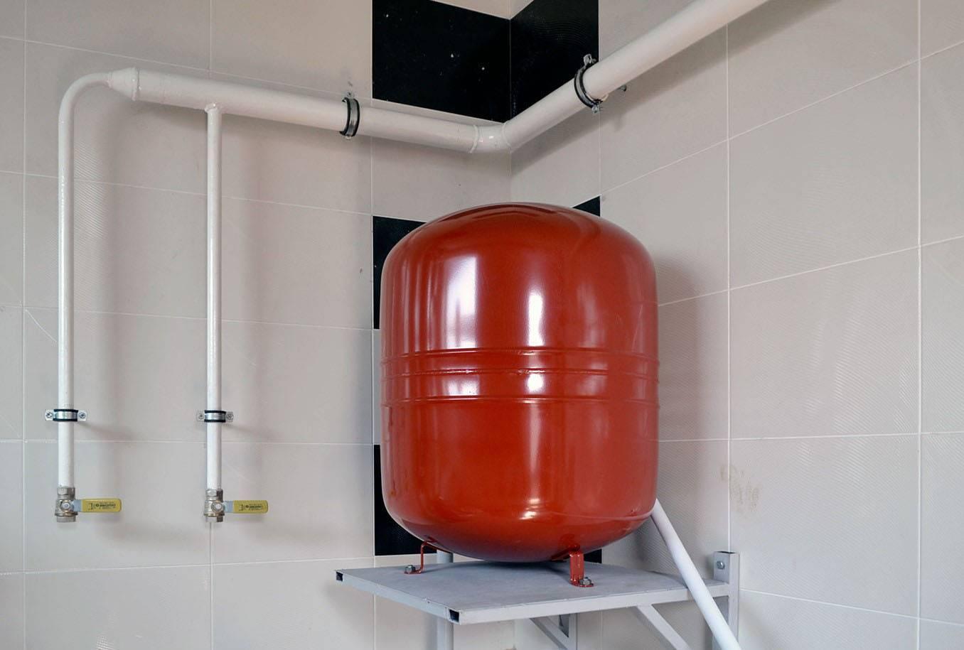 Как подобрать расширительный бак для системы отопления