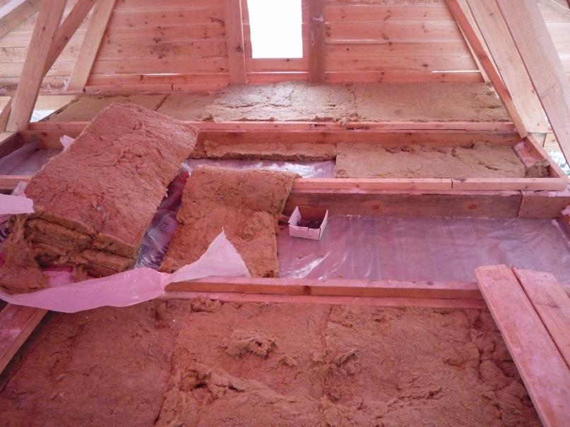Утепление потолка глиной с опилками: за и против, подробно о технологии