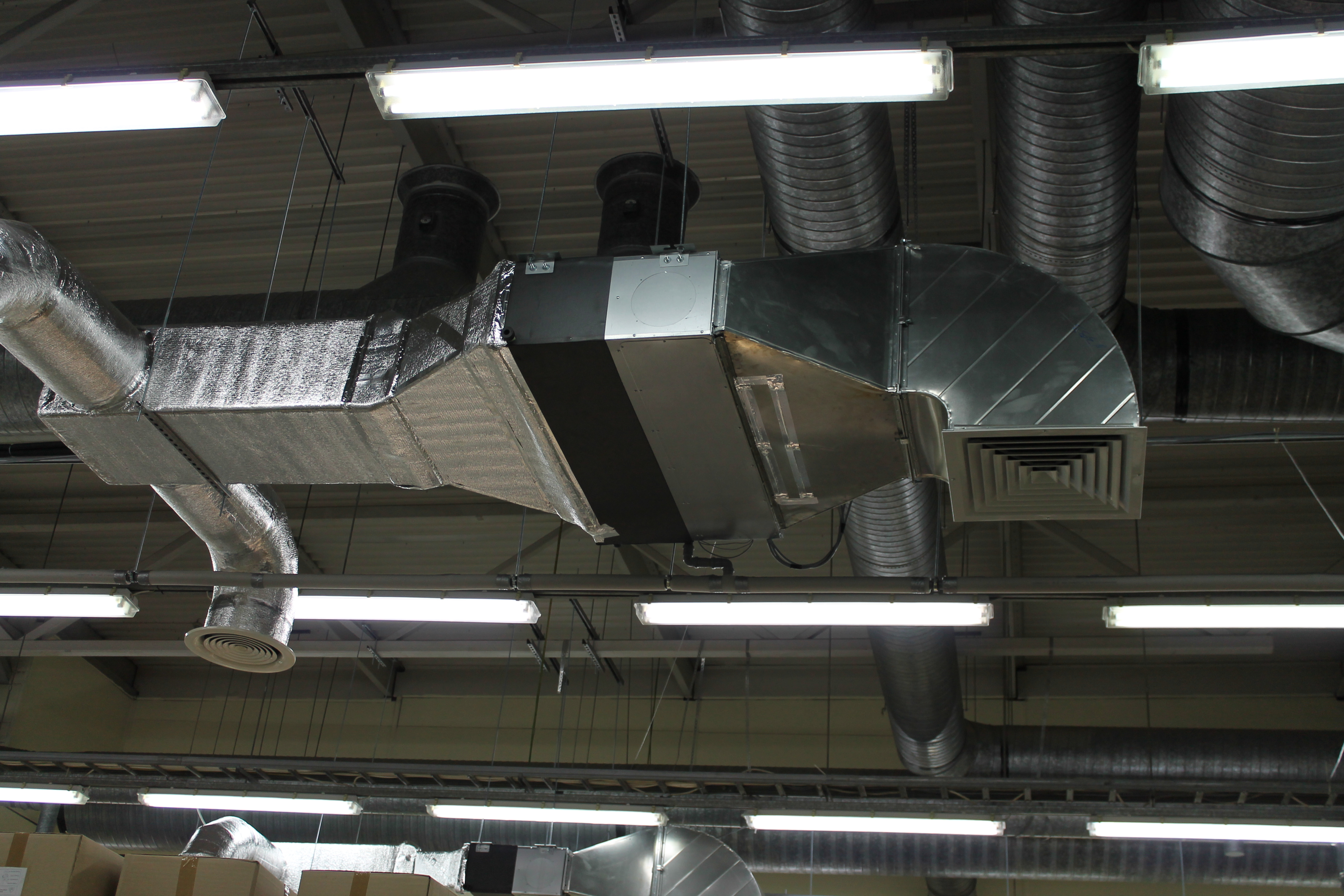 Пластиковые воздуховоды: прямоугольная вентиляция, виды, размеры, элементы, трубы, фото