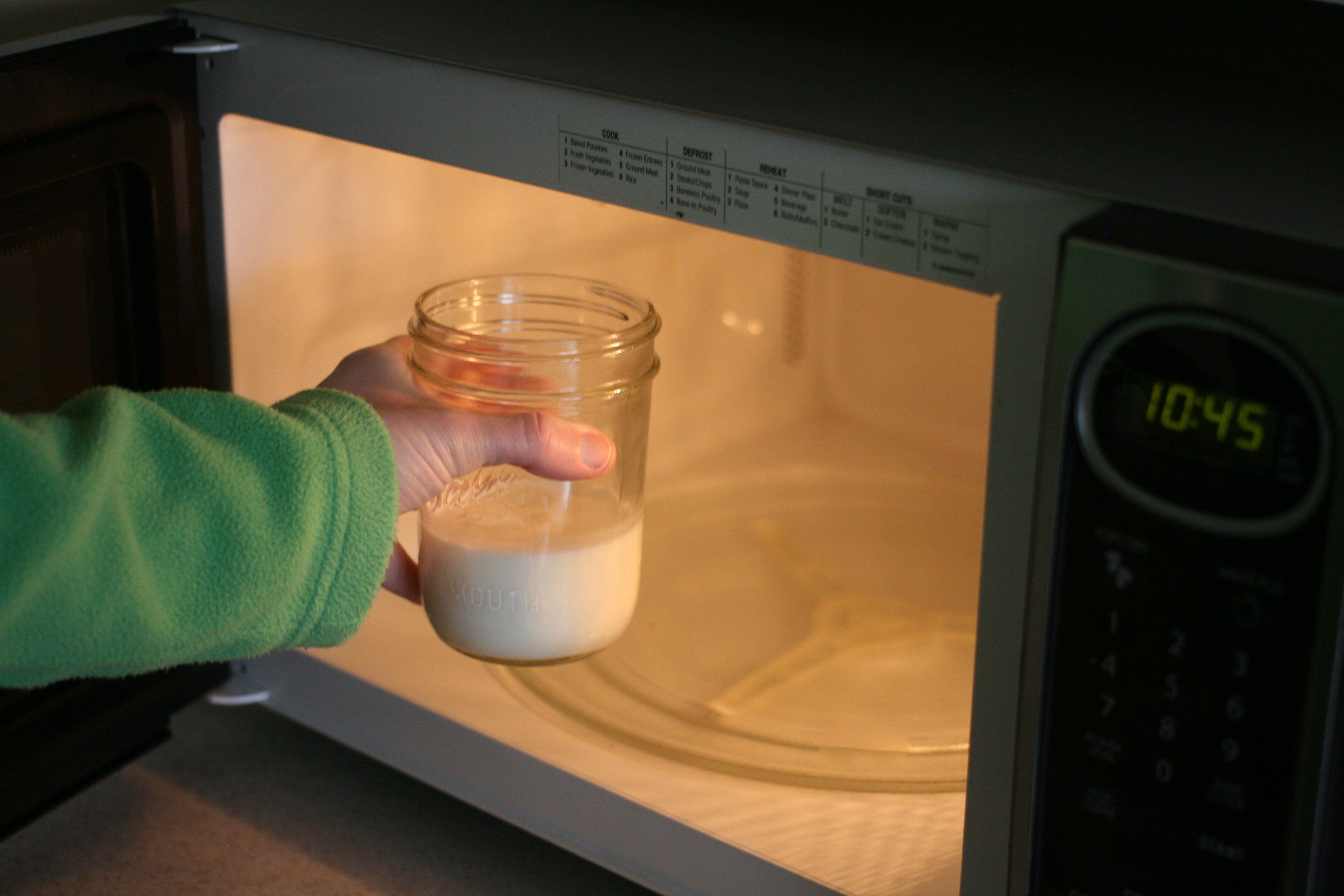 Какой пластик можно греть в микроволновке: опасные виды, посуда подходящая для печи