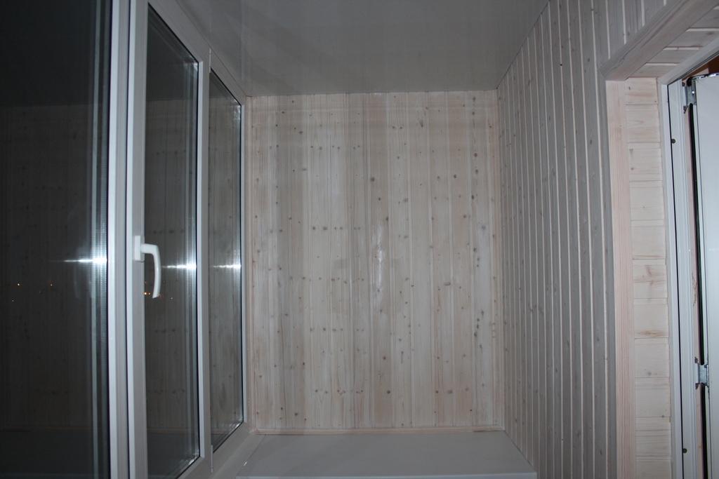 Отделка балкона и лоджии панелями пвх