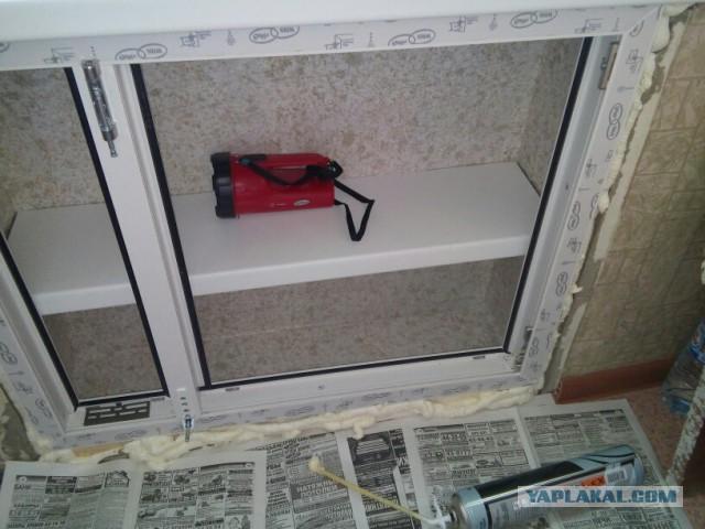 Шкаф под подоконником на кухне: реставрация старого хрущевского холодильника, как сделать шкафчик