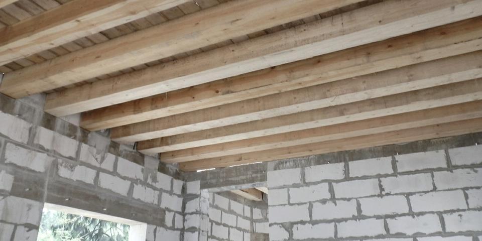 Ремонт перекрытия потолка: видео, в деревянном доме, длина материала, схемы, как перекрыть швеллерами
