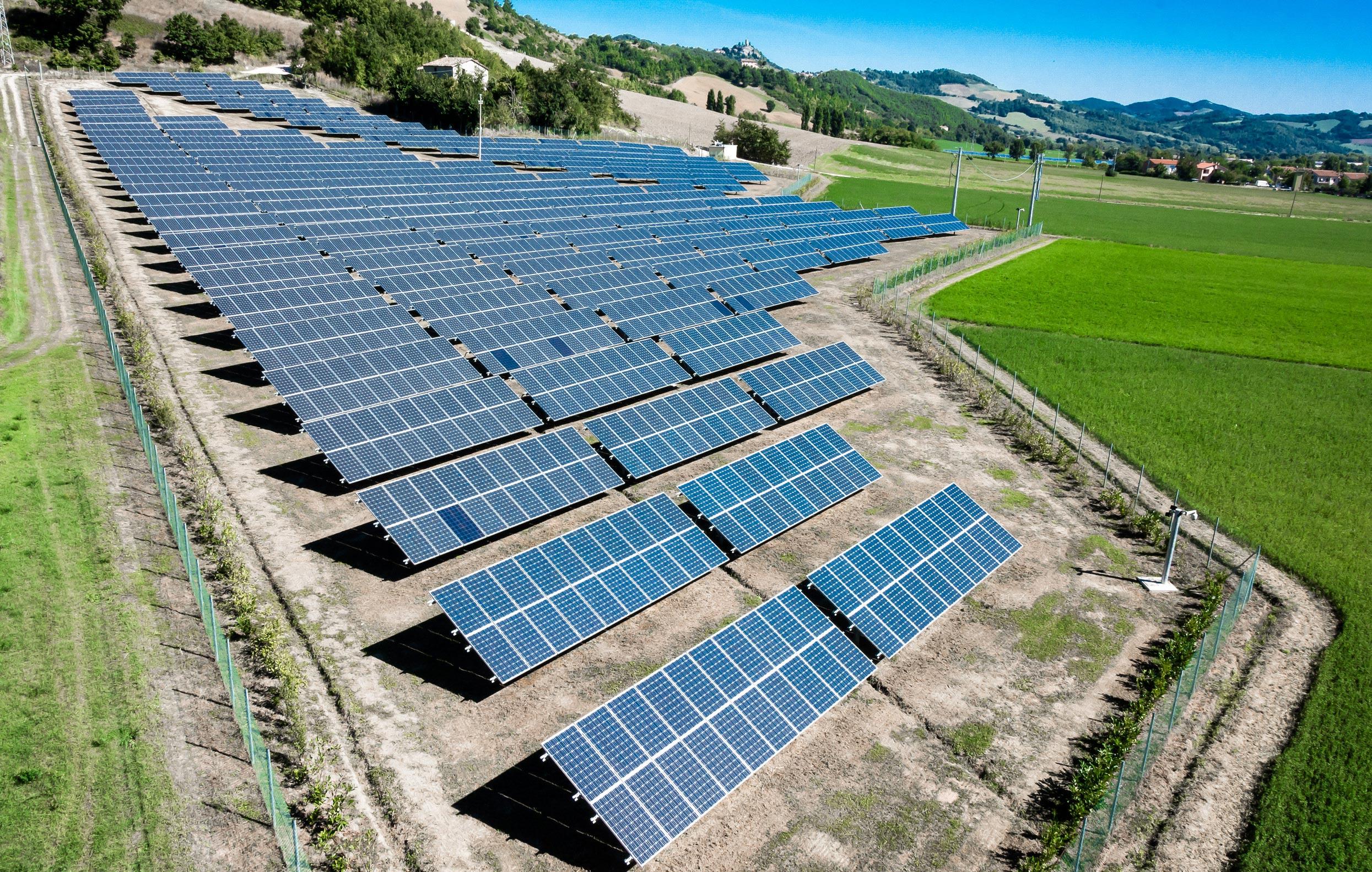 Солнечная электростанция - принцип работы и комплектация, разновидности, преимущества и недостатки