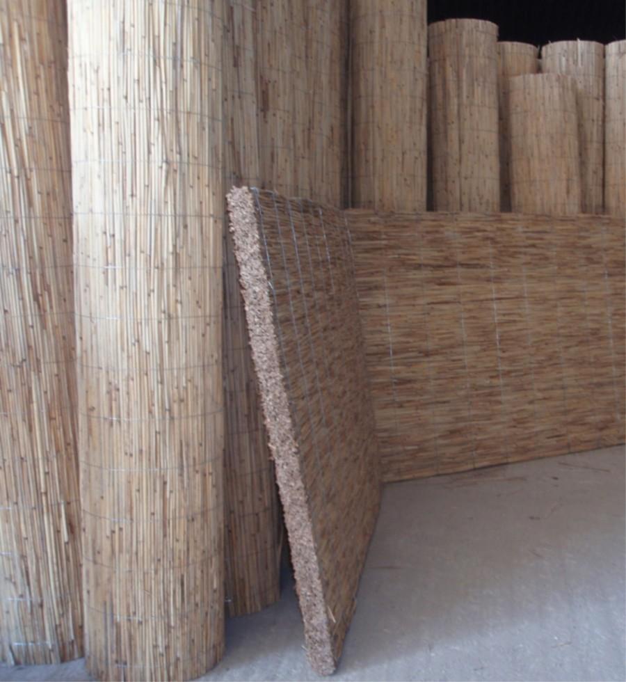 Утепление стен опилками и их смесью с глиной или цементом, а также особенности применения штукатурки на их основе