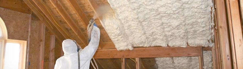 Утепление крыши пеной, виды пены для утепления крыши