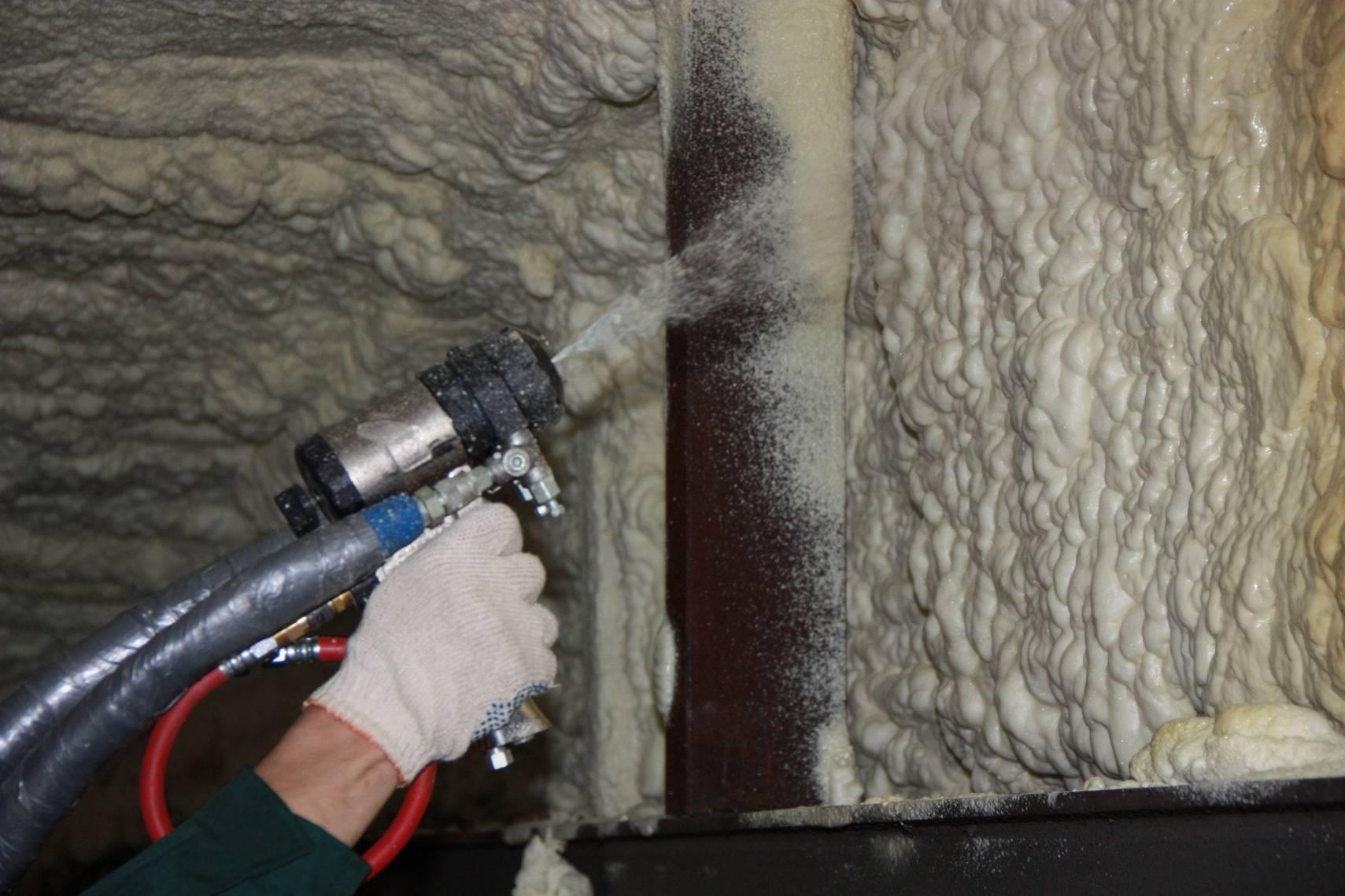 Утепление стен пеной в воздушной прослойке - варианты материалов