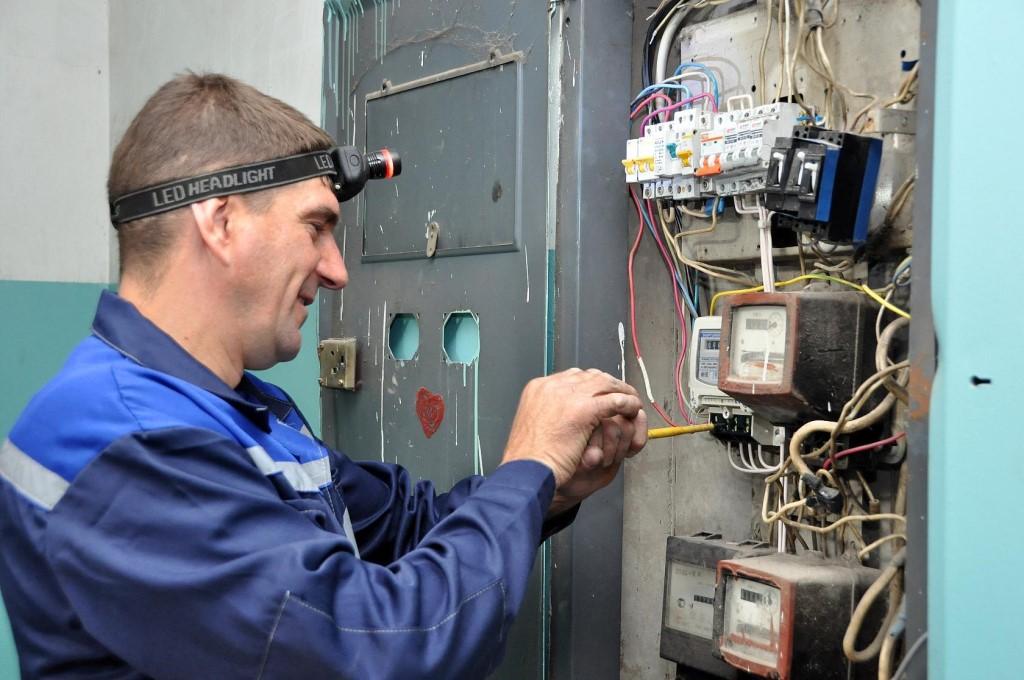 Замена старого счетчика электроэнергии на новый: как поменять правильно