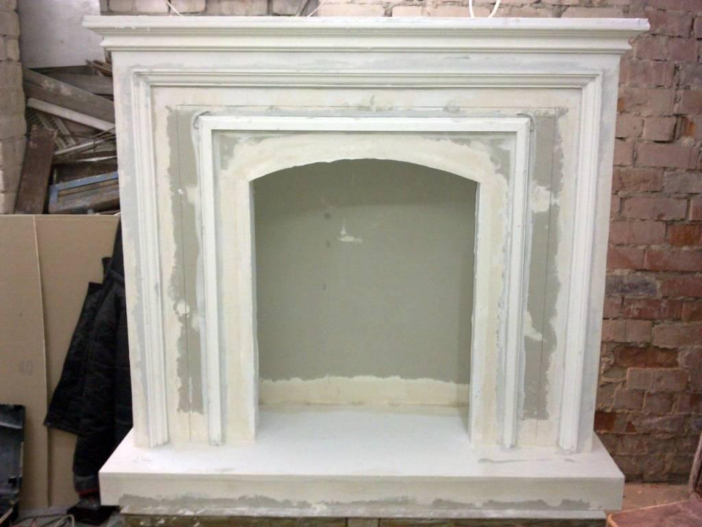 Из чего можно сделать декоративный портал для камина