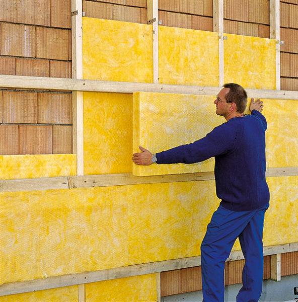 Как крепить утеплитель к потолку – выбор утеплителя и способа утепления