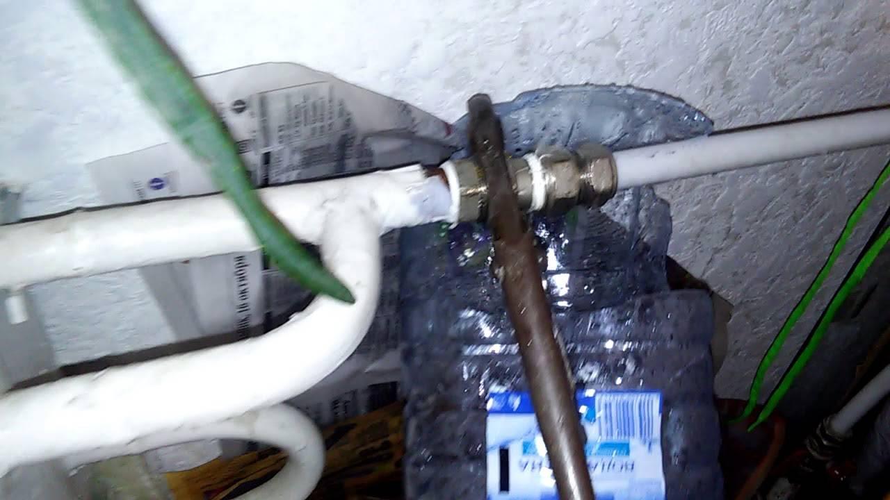 Как выгонять воздух из систем отопления: способы удаления воздуха, 17 фото с примерами и этапами работ
