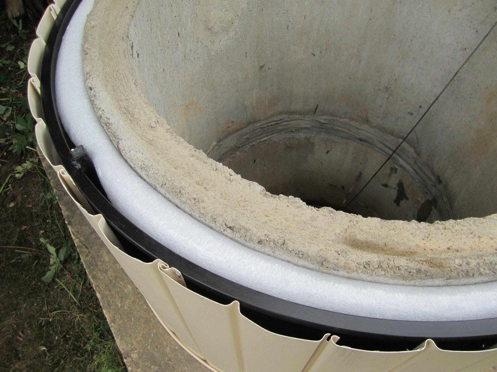 Утепление колодца на зиму своими руками способы, глубина промерзания почвы, видео и фото