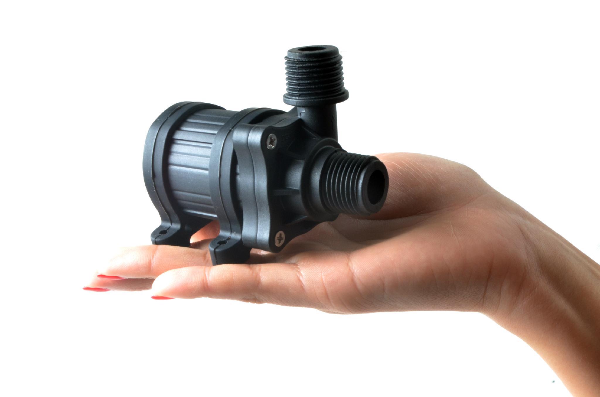 Насос для воды 12v (вольт): маленький водяной погружной вариант, мини-конструкция для перекачки, модели высокого давления