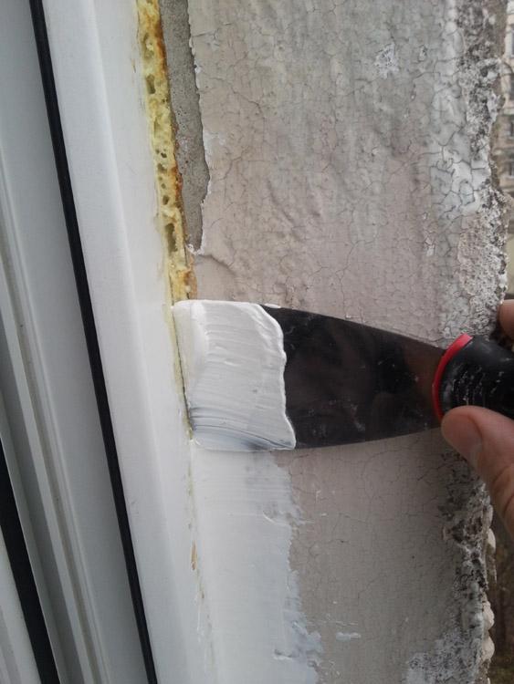 Как утеплить пластиковые окна если продувает: пошаговая инструкция