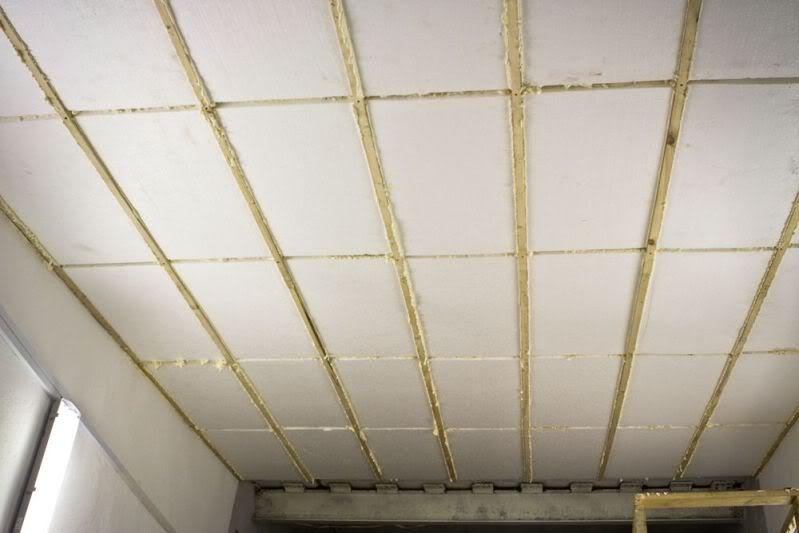 Утепление потолка пенопластом изнутри деревянного дома своими руками и снаружи, технология