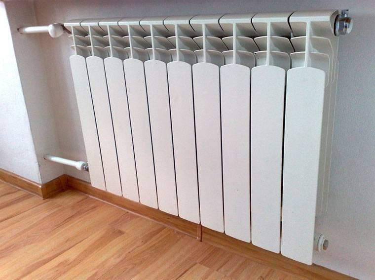 Достоинства и недостатки: какие батареи отопления лучше выбрать для частного дома?