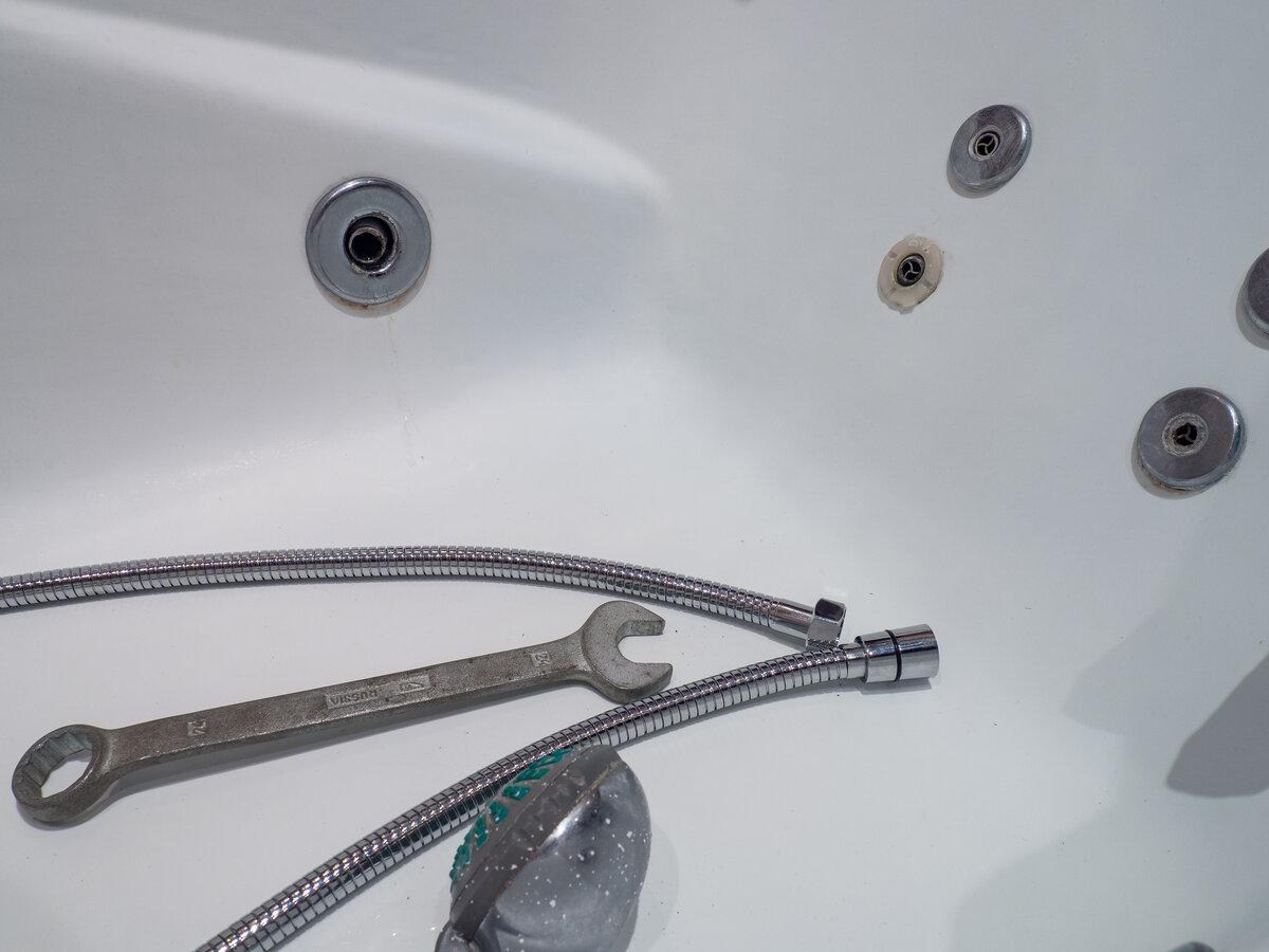 Как разобрать душевую лейку с переключателем