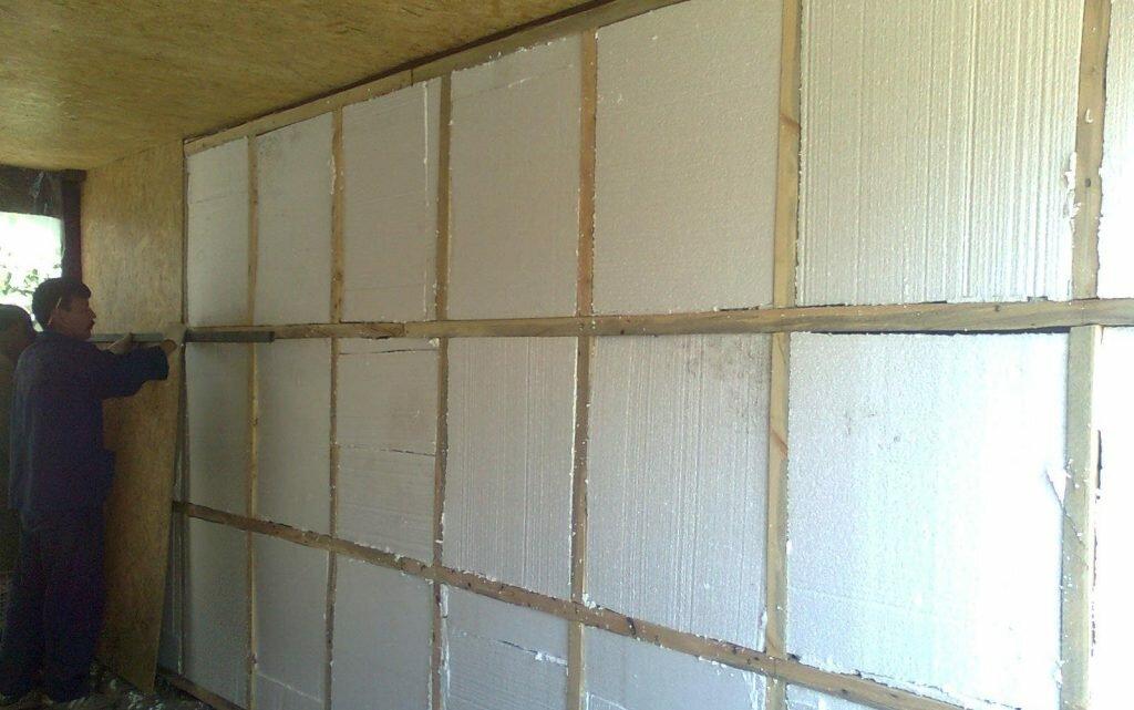 Утепление пенопластом: стены внутри помещения, изнутри дома, как утеплить прессованным, плотность и можно ли