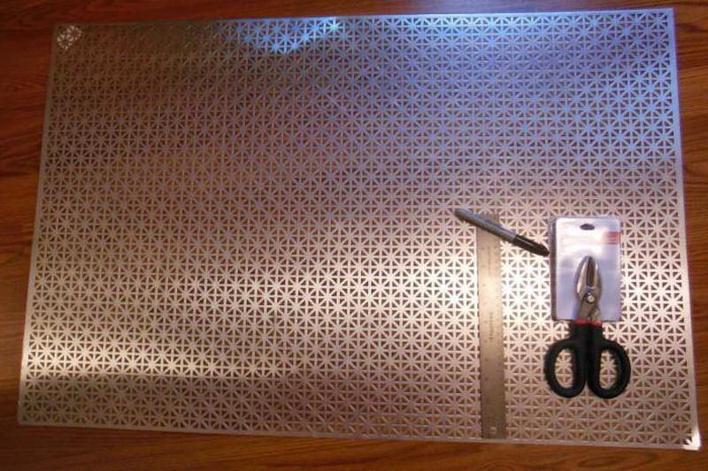 Декоративный экран на батарею отопления своими руками: изготовление и установка