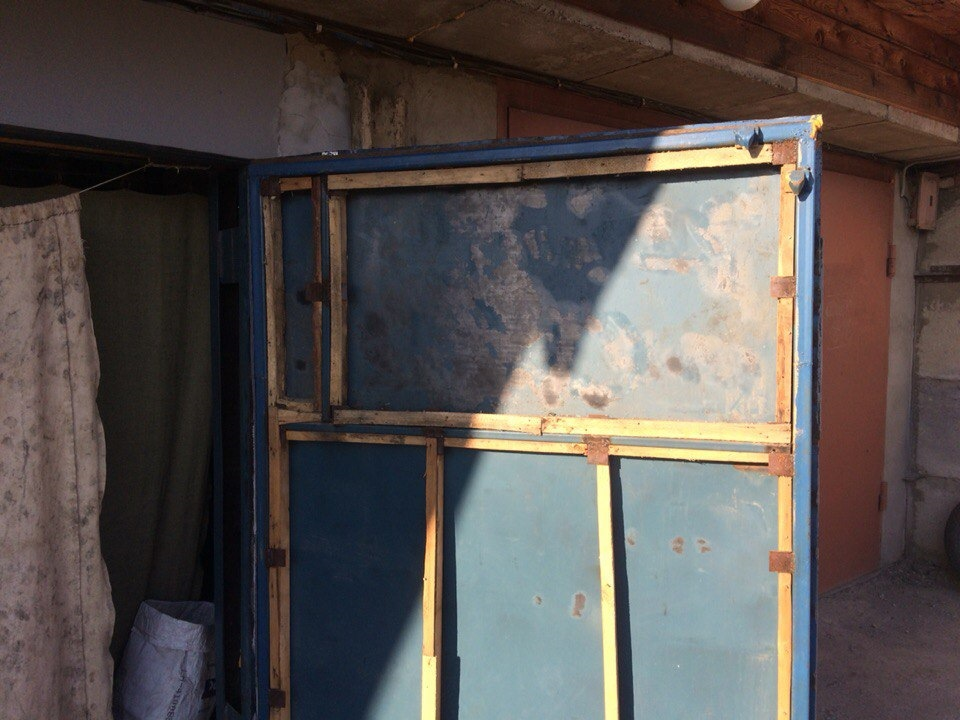 Утепление ворот гаража: выбор материала, подробная инструкция