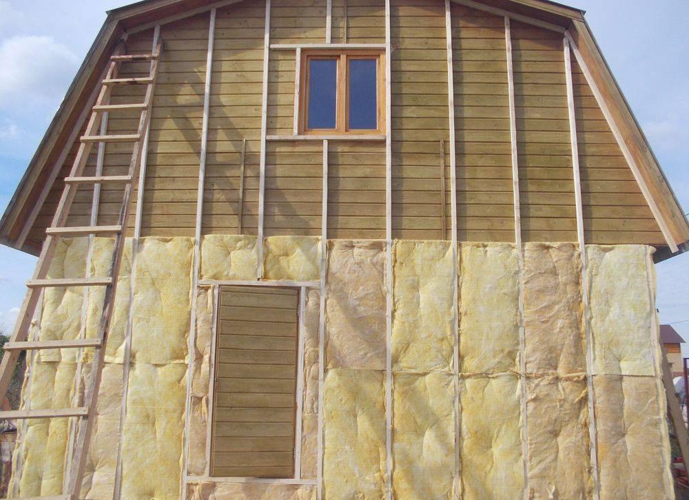Правильное утепление стен изнутри частного дома своими руками несколькими способами