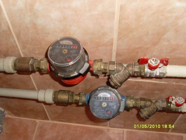 Счетчики для воды: как правильно выбрать и установить своими руками приборы учета