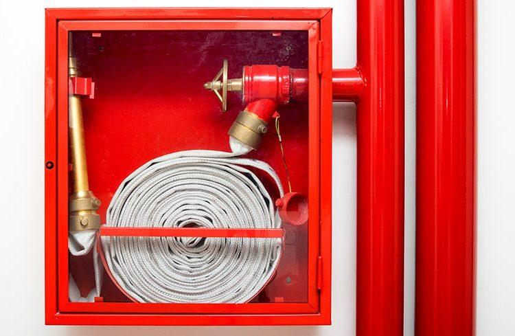Трубопроводы для пожаротушения: монтаж полипропилена и металла