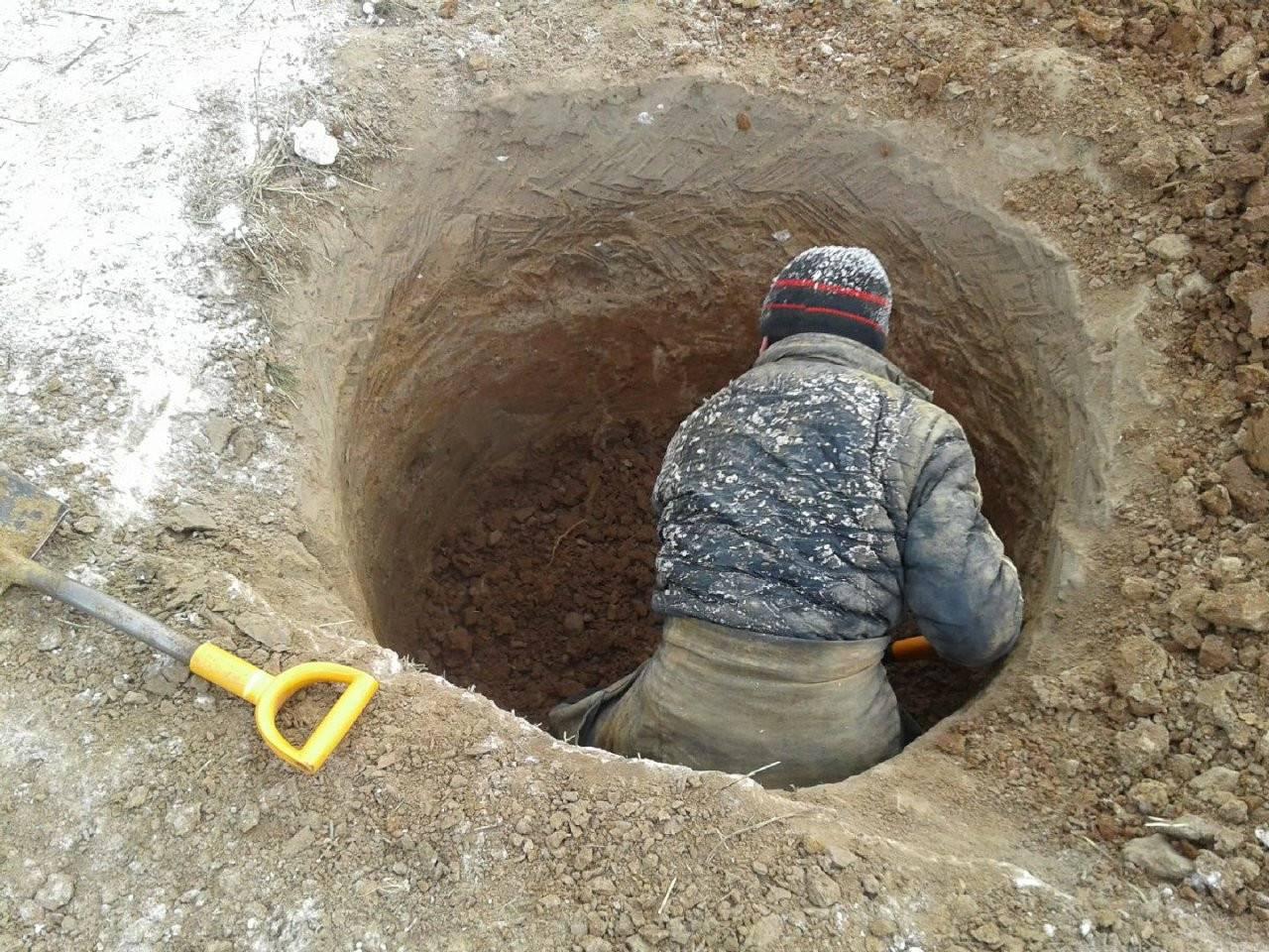Как выкопать колодец своими руками на даче или возле дома