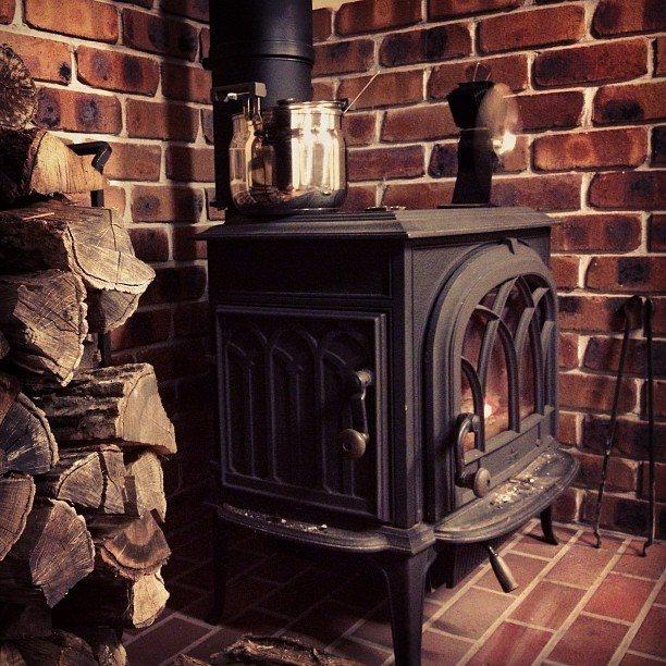Отопительные печи на дровах для дачи: топ-12 + советы по выбору оборудования