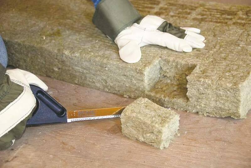 Чем резать утеплитель из минеральной ваты. резка минеральной ваты, чем и как резать минеральную вату в рулоне и плитах сфера применения базальтовой ваты: основные положения