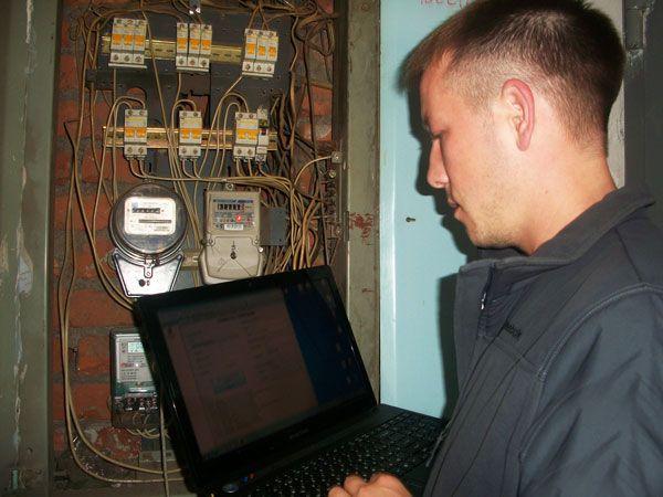 Перепрограммирование счетчиков электроэнергии: как изменить прошивку электросчетчика, программу в электронном счетчике, зачем и кто делает перепрошивку