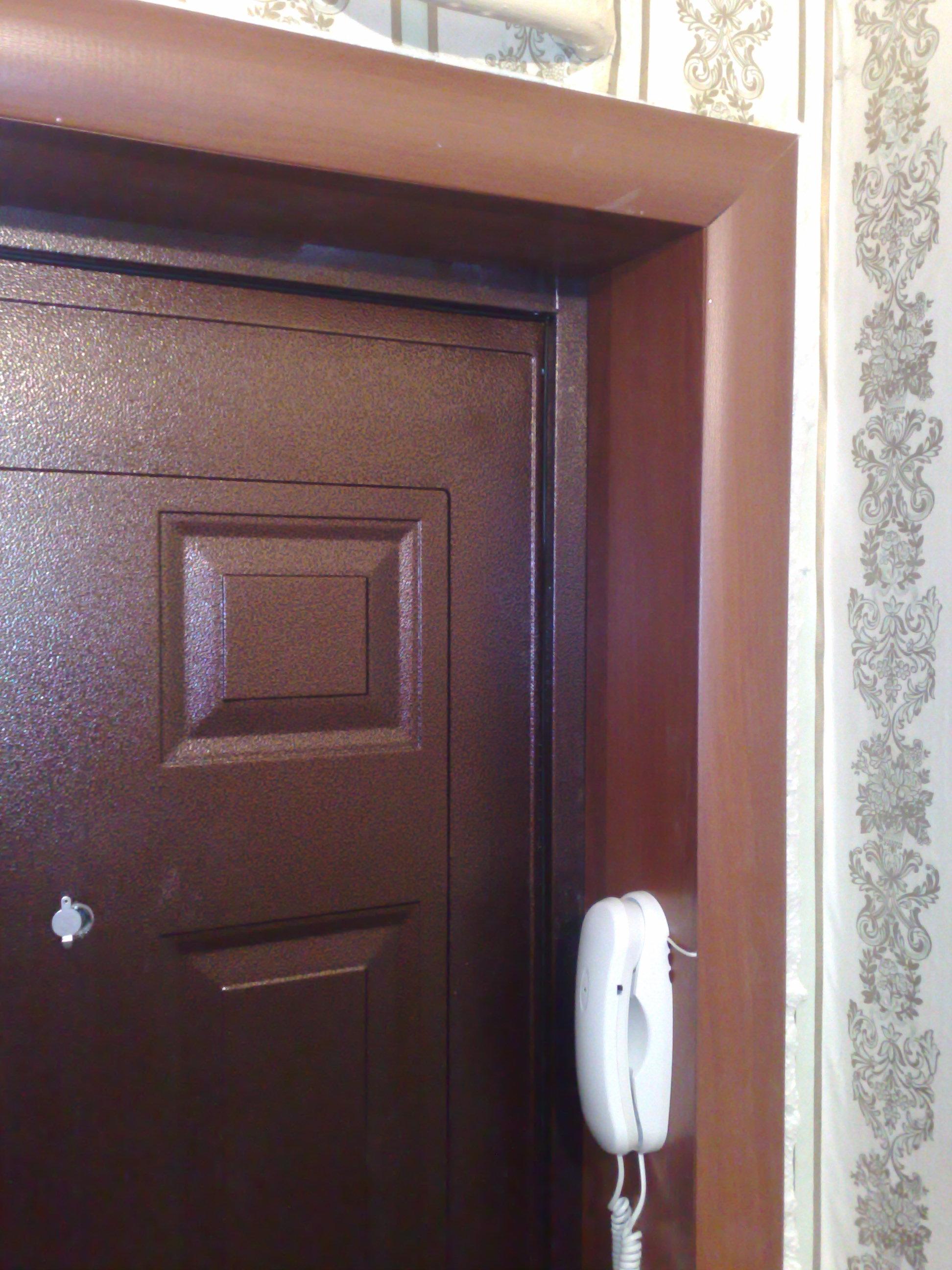 Отделка откосов входной двери своими руками: обшивка и штукатурка