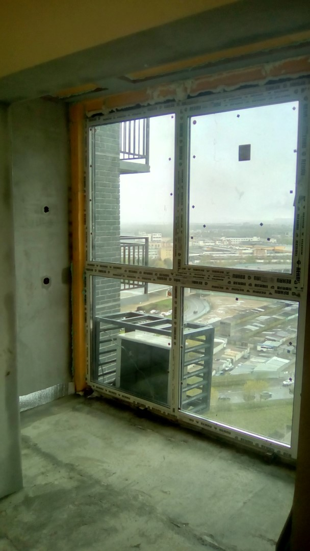 Какие окна лучше ставить на балкон - советы специалиста