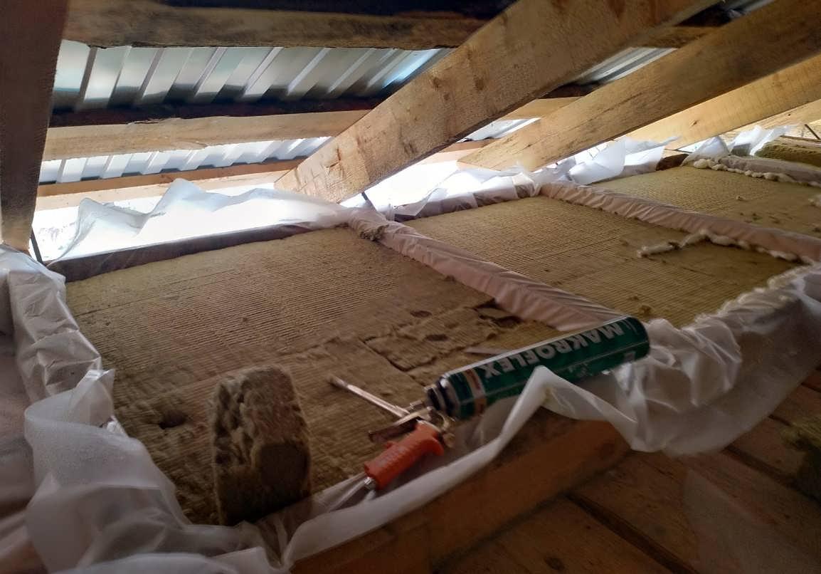 Утепление потолка на даче - какие есть варианты и что необходимо?