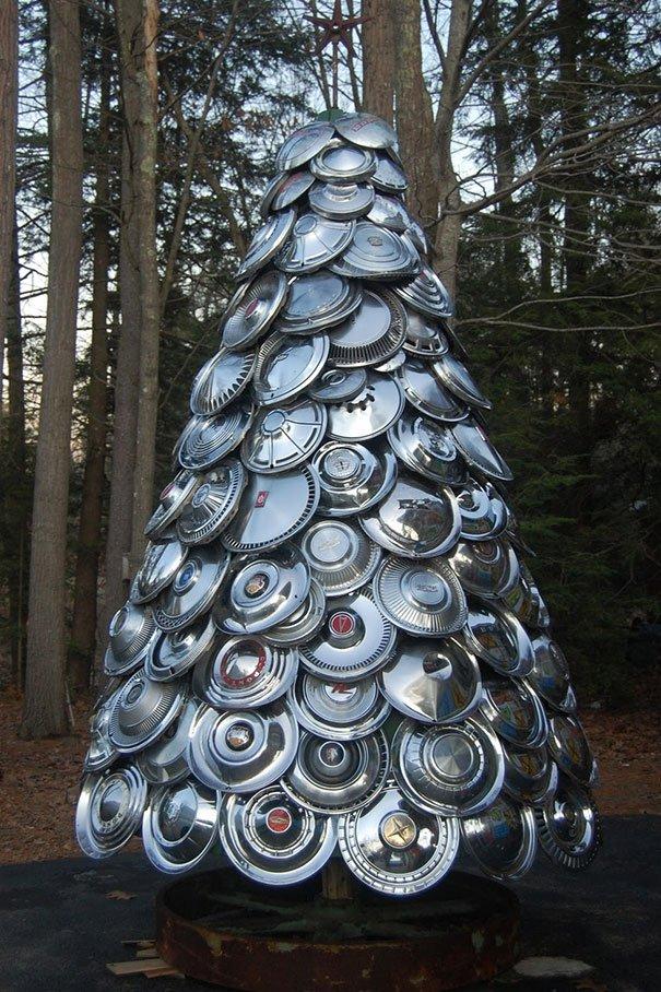 Как сделать новогоднюю елку из подручных материалов