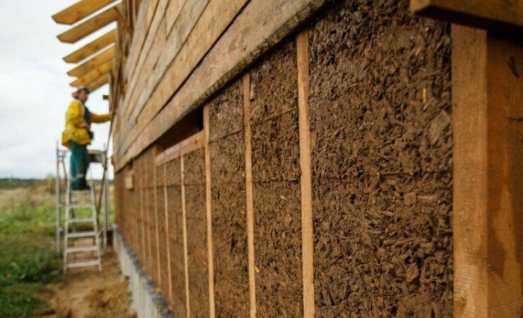 Утепление опилками стен, крыши, пола и потолка своими руками: с чем их смешать