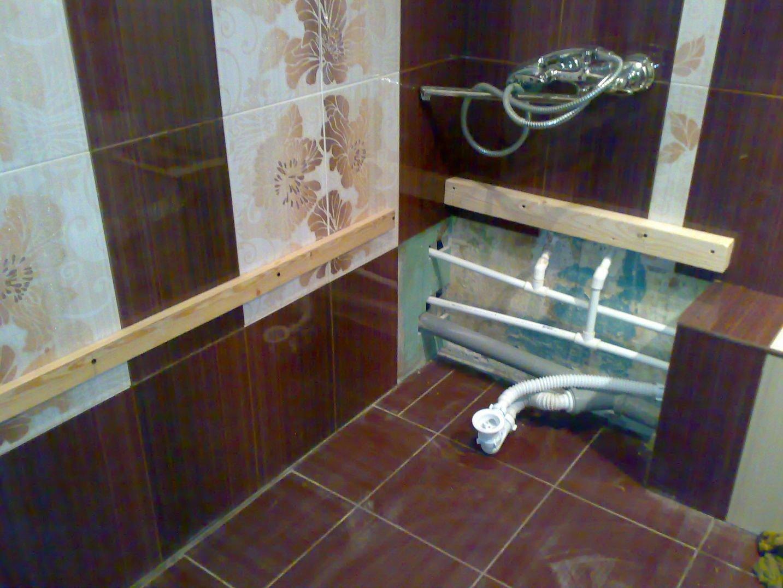 Как спрятать трубы в ванной — монтаж коммуникаций и обзор лучших идей применения труб в ванной комнате (80 фото + видео)