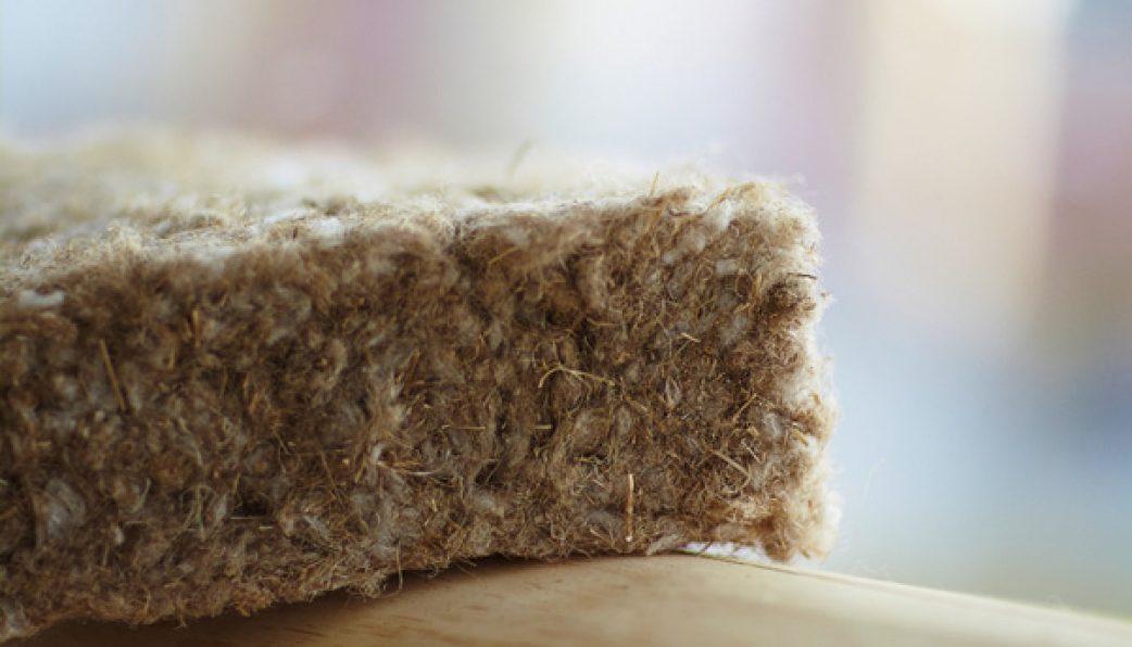 Льняной утеплитель: преимущества и недостатки, виды, область применения, особенности монтажа утеплителя изо льна