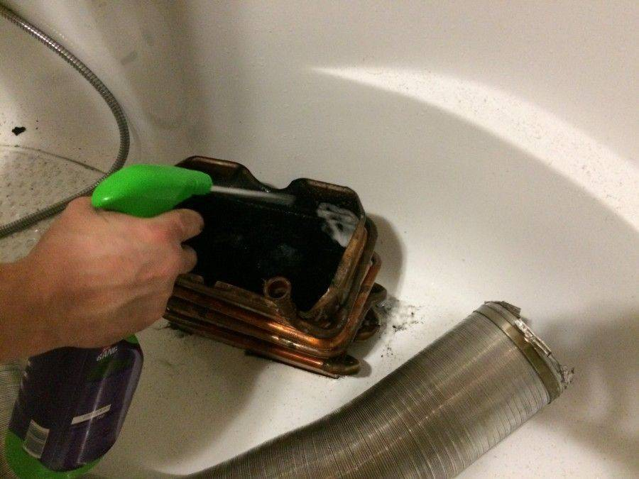 Как почистить газовую колонку? чистка теплообменника от накипи в домашних условиях своими руками