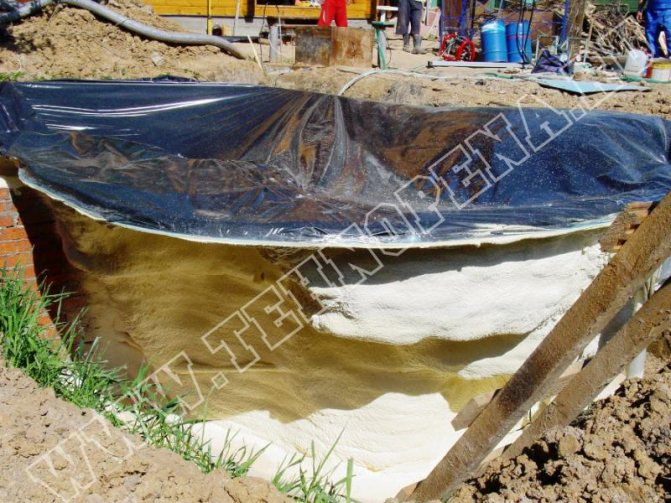 Гидроизоляция и отделка бетонного бассейна пленкой пвх