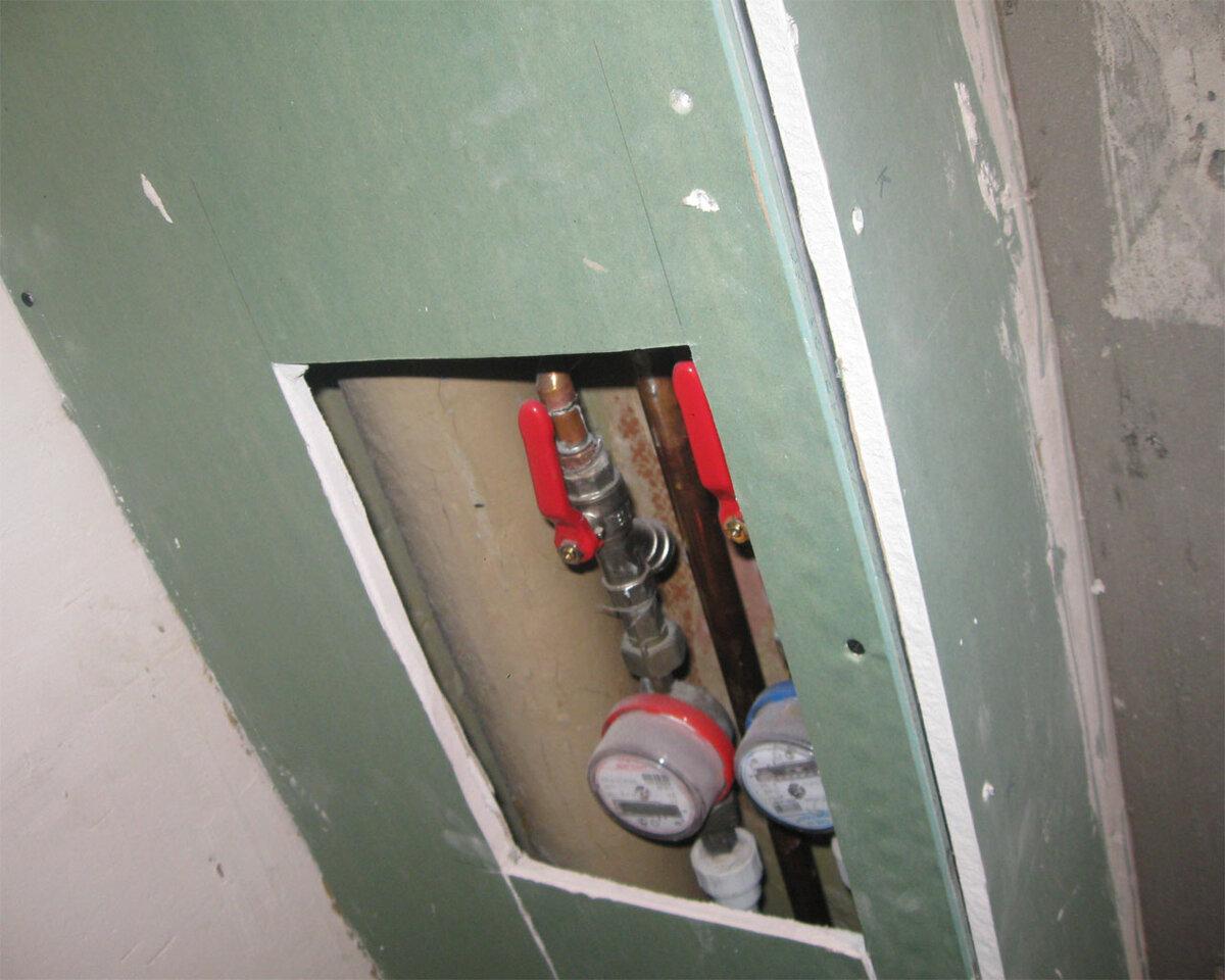 Как эстетично задекорировать трубу отопления в комнате 15 фото