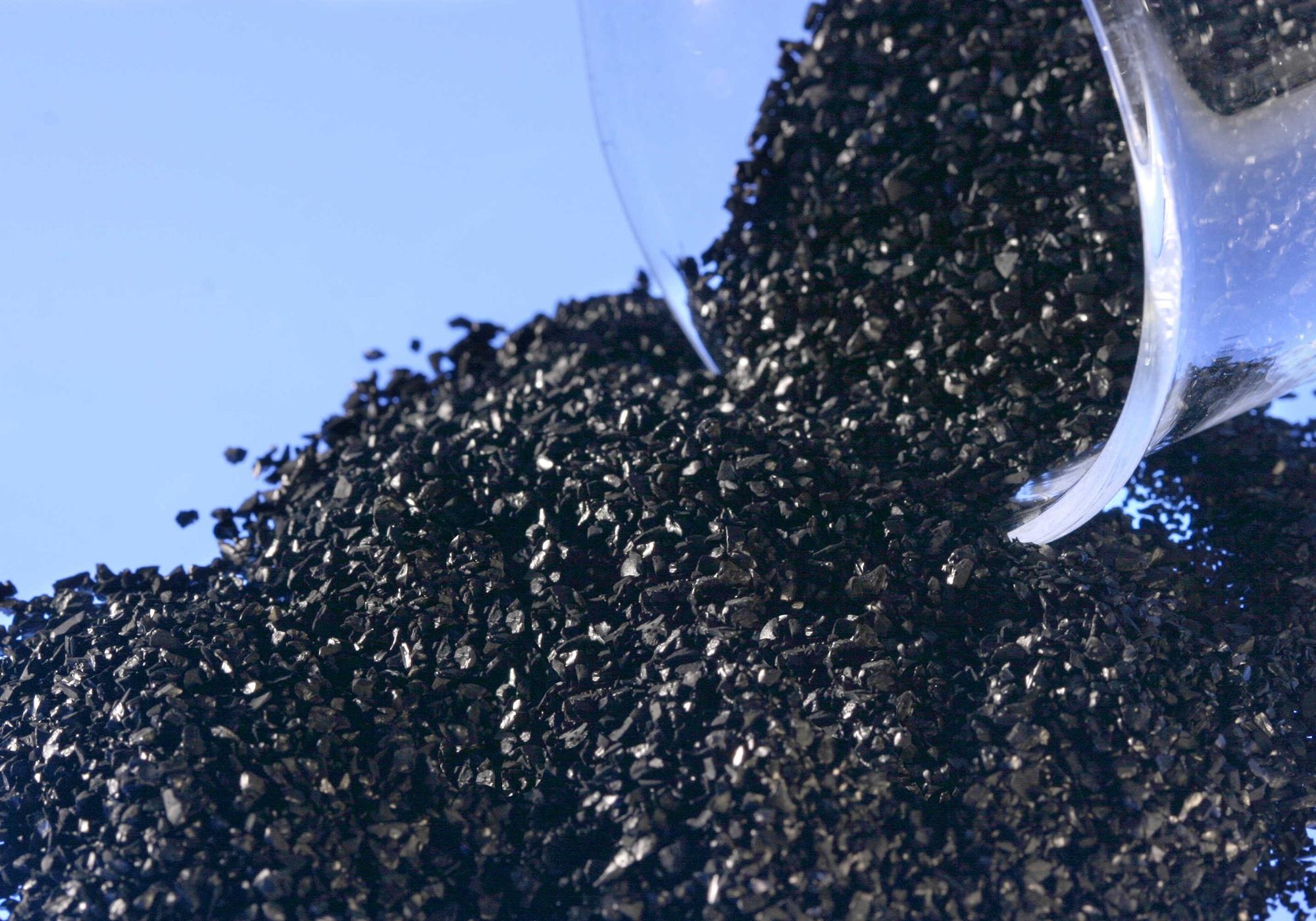 Очистка самогона активированным углем березовым или кокосовым