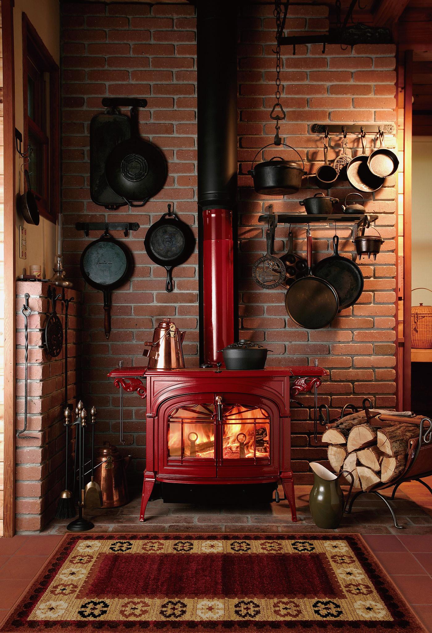 Русская печка в интерьере: 75 фото, виды конструкций, декор