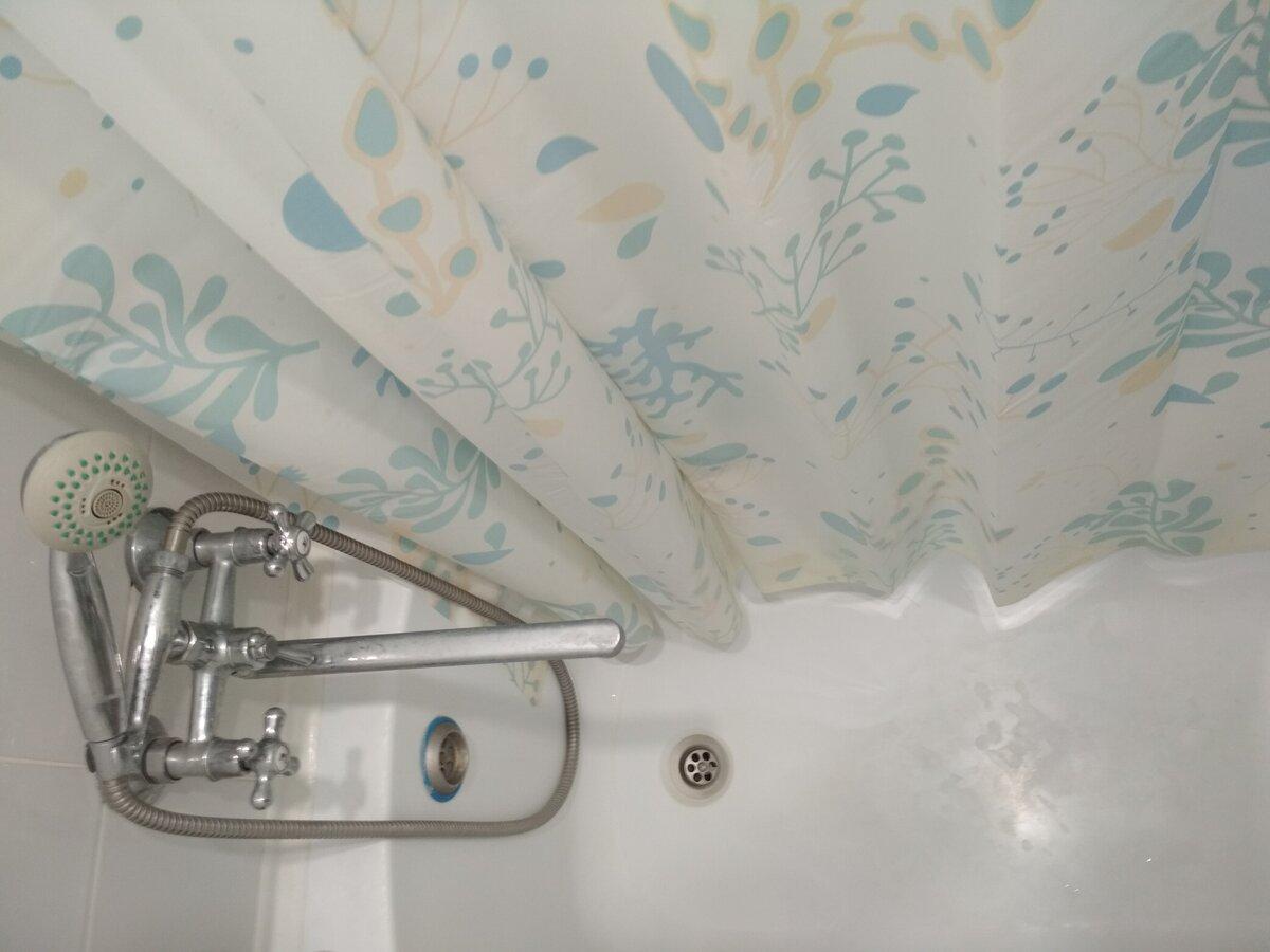 Как отмыть шторку в ванной своими руками?