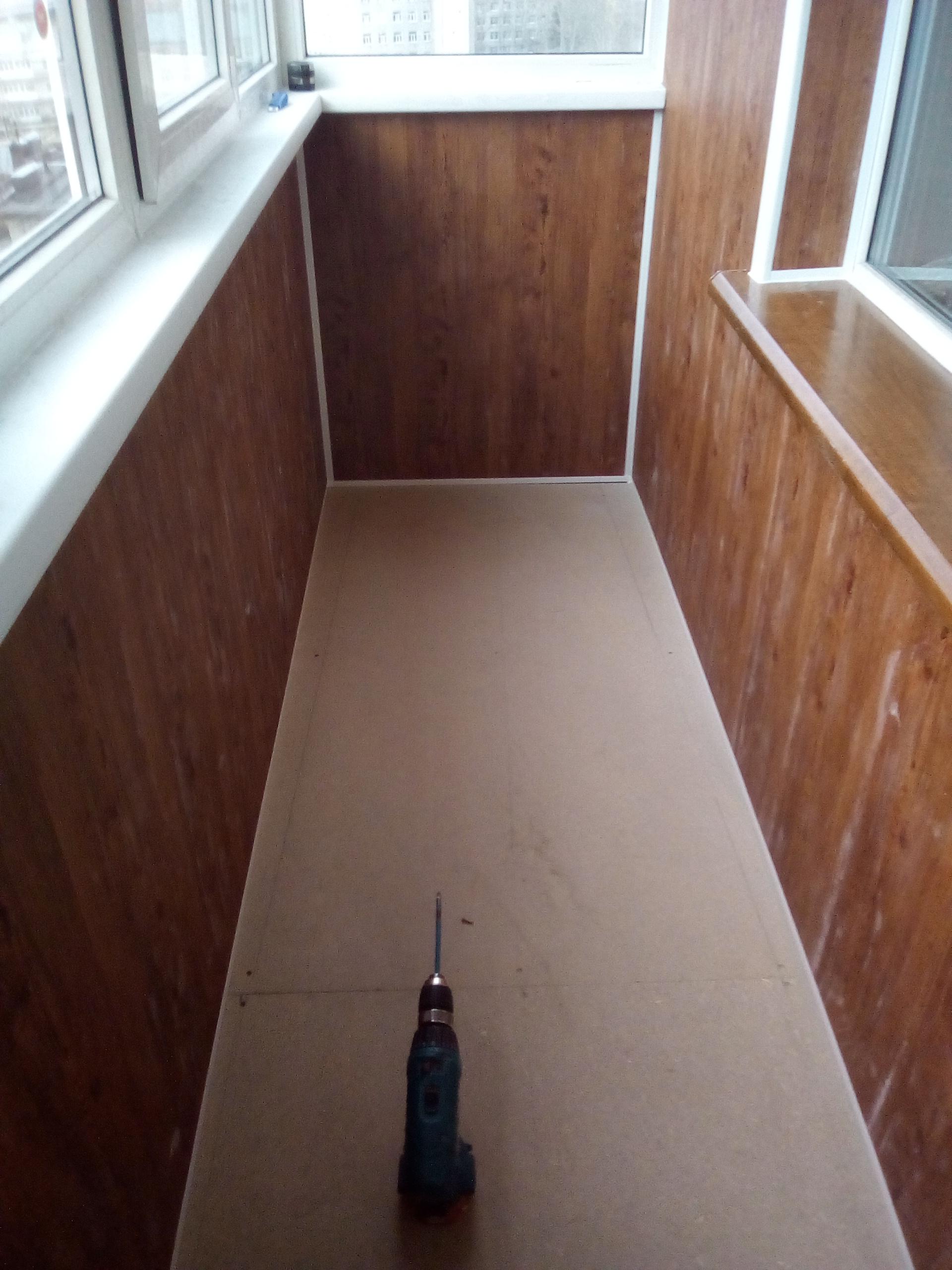 Выбор панелей для современной отделки балконов
