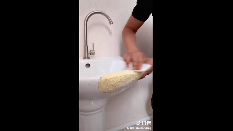 Как починить раковину «Дошираком»: шокирующий способ ремонта сантехники