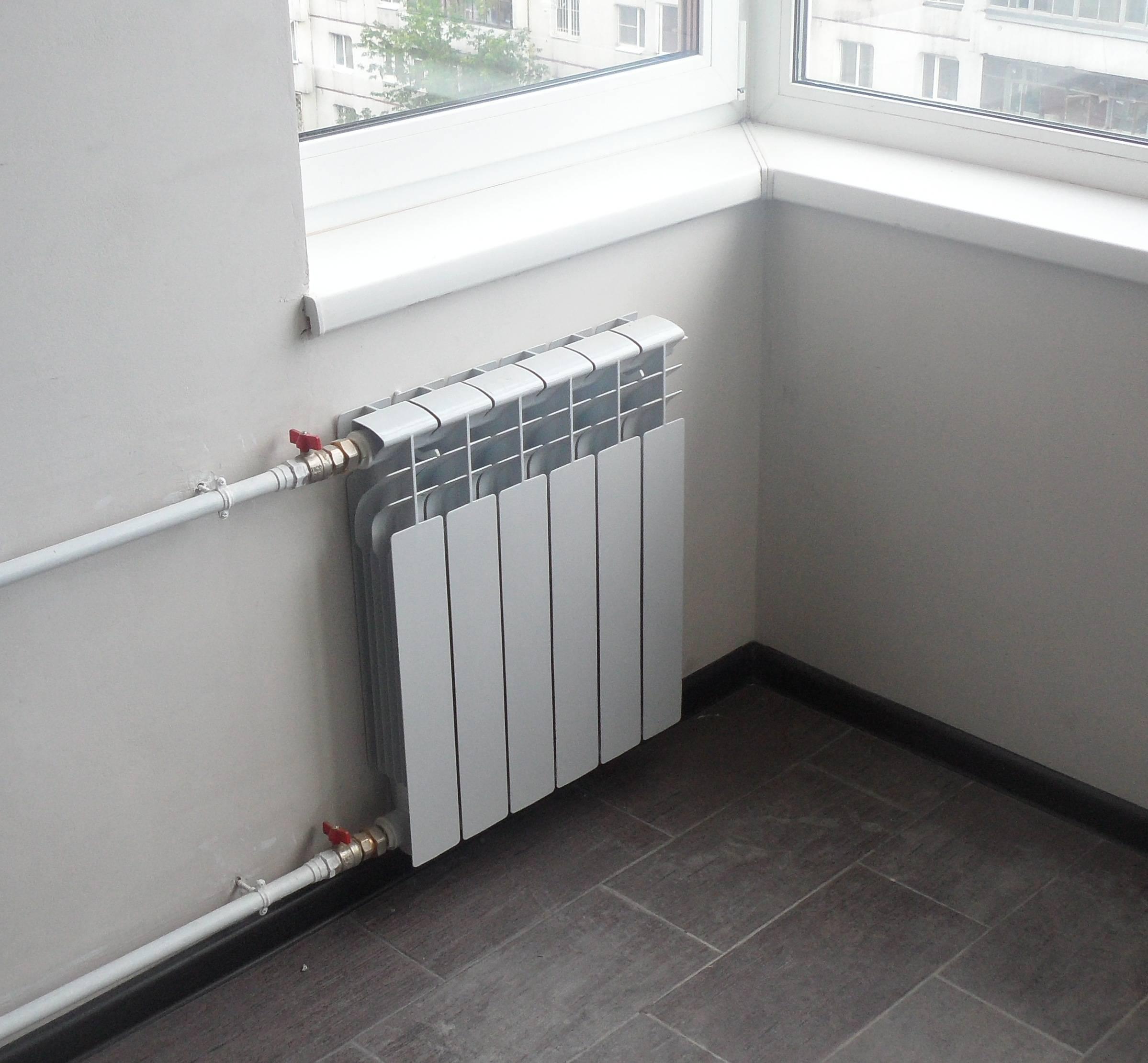 Замена батарей отопления в квартире: как самостоятельно установить новые радиаторы